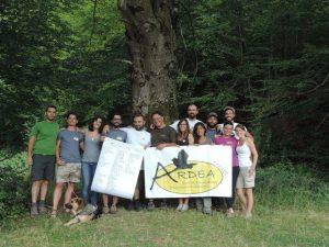 Alcuni dei volontari di Migrandata Matese con la lista delle specie 2014
